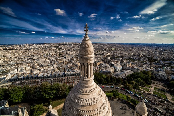 Best places to take pictures in Paris - Sacre Coeur Basilica, Paris by Darwin. Taken with a Canon 6D and Rokinon 14mm f/2.8 lens.