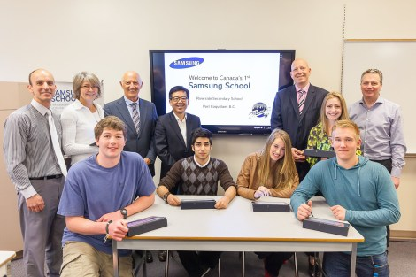 Port Coquitlam, B.C.'s Riverside Secondary School is the first Samsung School classroom in Canada. The classroom of the future, Samsung School is a complete digital education package that seamlessly connects Samsung software and hardware. Students are joined by Samsung Canada's executives HT Kim (President and CEO) and Philippe Lozier (Director of Business Solutions) as well as Port Coquitlam dignitaries. (CNW Group/Samsung Electronics Canada Inc.)