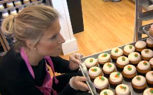"Sisters Katherine Berman and Sophie LaMontagne star in ""DC Cupcakes."""