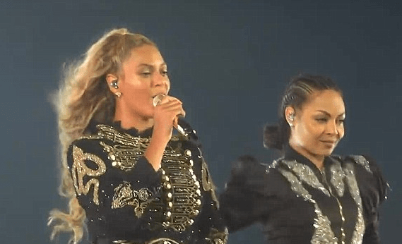 He Put A Ring On It! Beyonce's Lead Dancer Gets Engaged During Concert