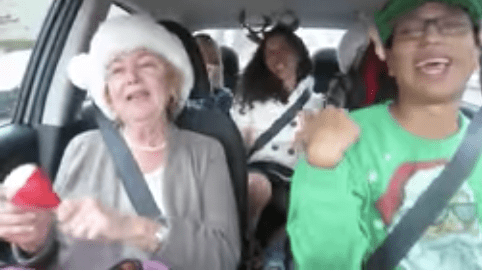 Uber Driver Turns His Car Into Mariah Carey Christmas Karaoke Party