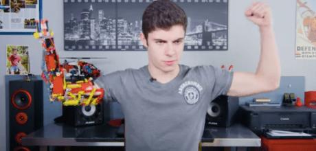 Teenager David Aguilar has built his own prosthetic arm using Lego plastic building blocks.