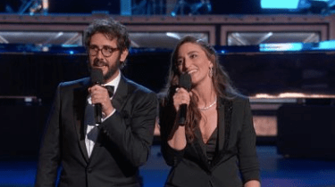 Josh Groban and Sara Bareilles sing a clever opening number at the Tony Awards dedicated to people who lose.