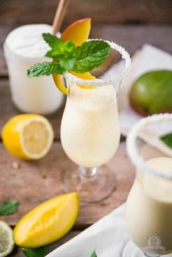 Griechischer Mango Smoothie