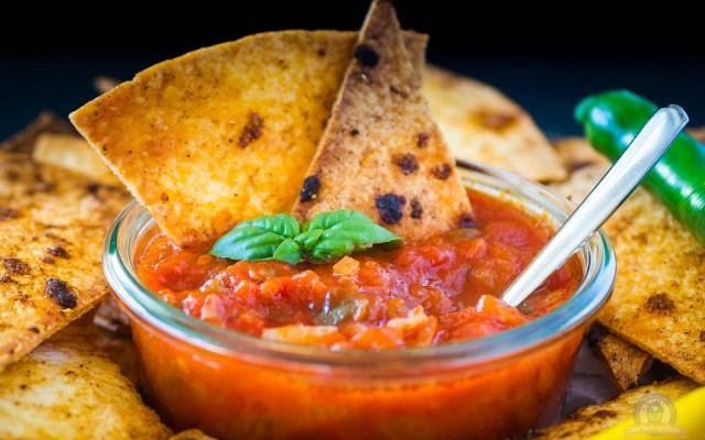 Tortilla Chips mit Hot Salsa – und Silvester kann kommen…
