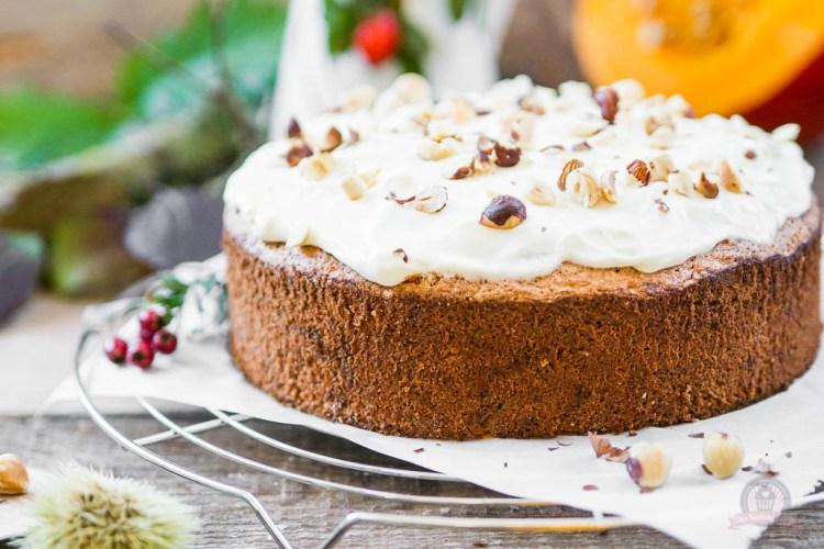Kürbis-Nuss Kuchen mit Topping – der Herbst hat uns wieder…
