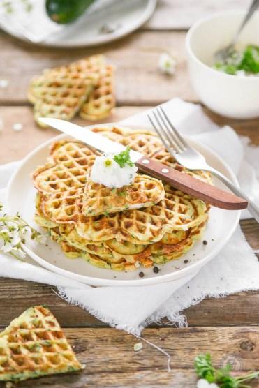 Feta-Zucchiniwaffeln