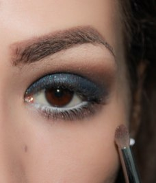 6. first apply matte eyeshadow on your lower lash line as a base and on top of it apply glittery eyeshadow so you'd create some depth; Brush- Sigma Pencil E30, Eyeshadows- UD Naked palette Naked eyeshadow and on top of it is KIKO Infinity 402