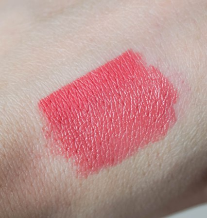 Swatch- Color Click lipstick 05, Fine Art lip pencil 05