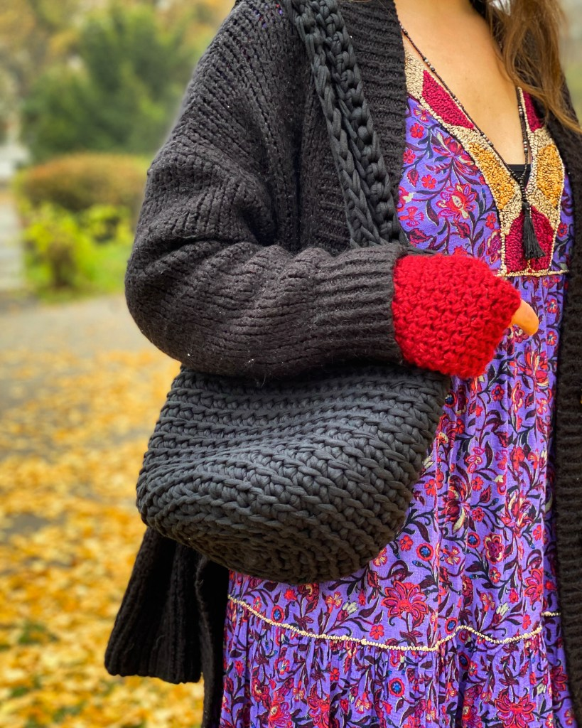 crochet tote bag, crochet gloves