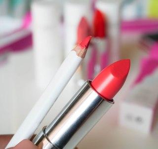 Color Click lipstick 03, Fine Art lip pencil 03