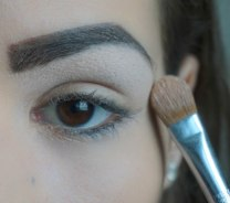 Use matte eyeshadow and highlight under your brow bone; Sigma E60; 222