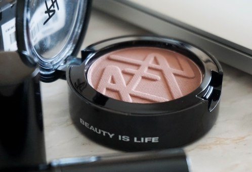 Beauty Is Life eyeshadow-solo in Cacao