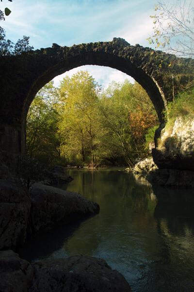 OASI_grottedelBussento_fiume_Bussentino_ph E Signorelli_Archivio_Comunale