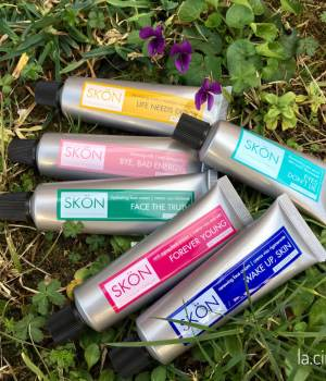 skon cosmetics IMG_E2381 ok