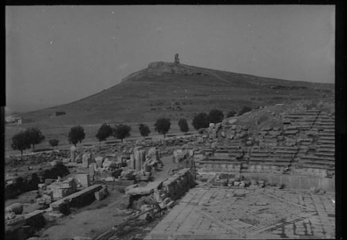 Ο λόφος του Φιλοππάπου το έτος 1892 γυμνός