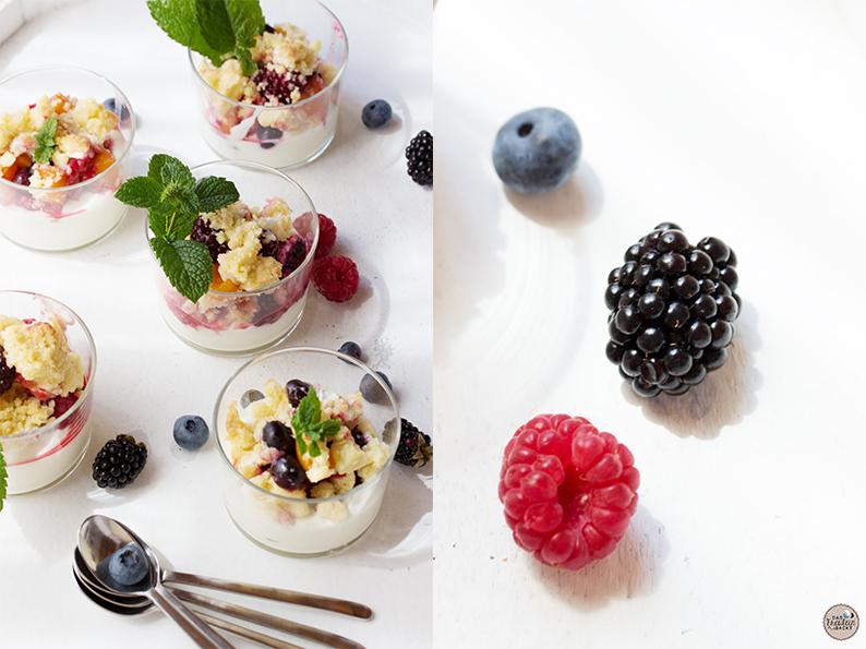 Beeren-Crumble mit Marshmallows