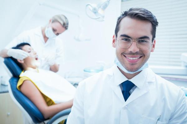 The Dental Assistant Job Description: What You Need To Know