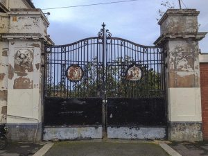 Melbourne Street metal gates