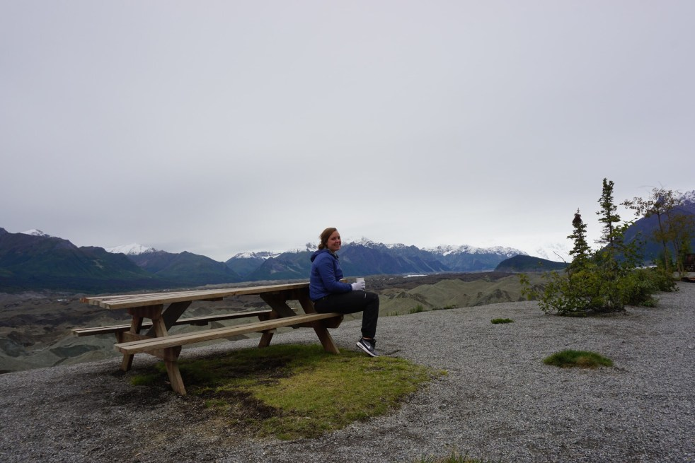 Mountains glaciers kneecap