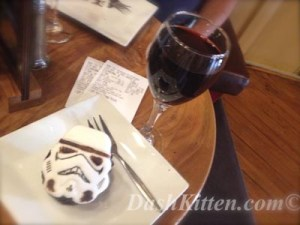 No Drama at Christmas Star Wars Cake at Dash Kitten