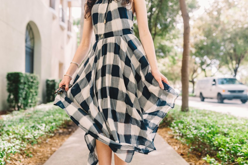 Holiday style- Miami fashion blogger- Dress under $100