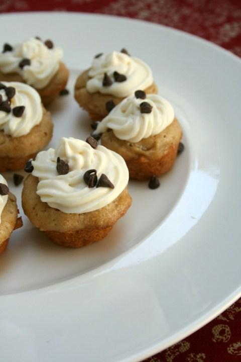 Mini Banana Cupcakes