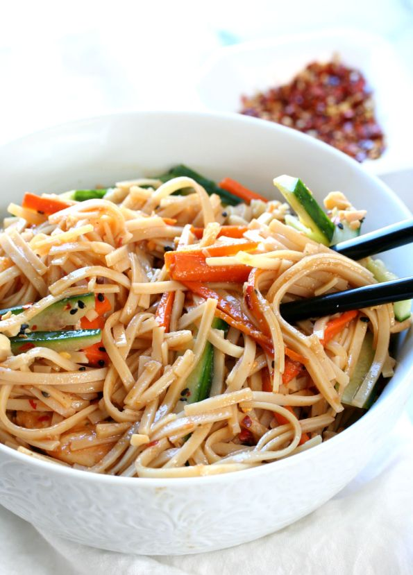 Sriracha Chicken Noodles