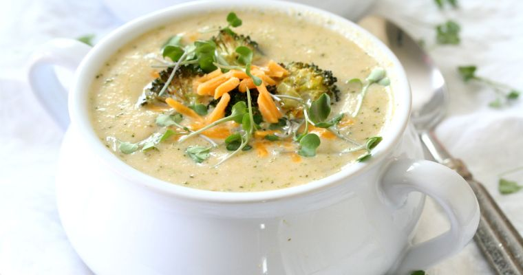 Cheesy Roasted Broccoli and Cauliflower Soup