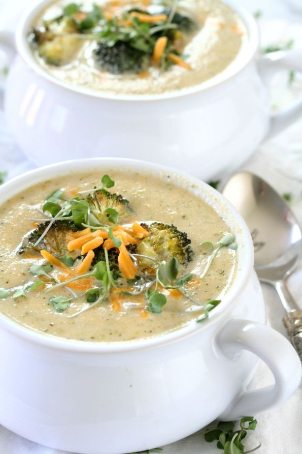 Cheesy Roasted Broccoli and Cauliflower Soup