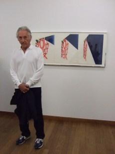Ed Ruscha im Kunstmuseum Basel vor dem Werk: View of the Big Picture, 1963 (Foto: Marlene Obermayer)