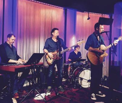 "The Unshakeables ""live"""