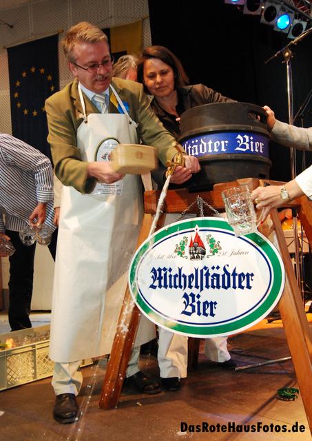 BierAnstichBienenmarkt2009
