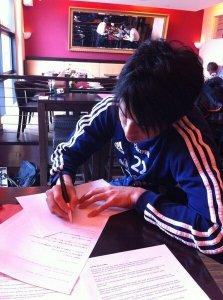 Schalkes Atsuto Uchida ist ein Superheld in Japan - seine Autogramme heiß begehrt