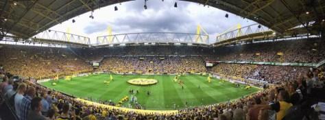 Das Dortmunder Stadion beim Spiel des BVB gegen Borussia Mönchengladbach. Foto: David Nienhaus