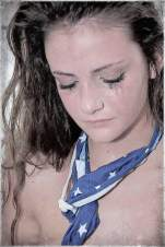 Belén bursted into tears after tapping out to Swiss fighter Sonia Gilliéron's neck-scissor in her rookie debut. (April-10-2011)