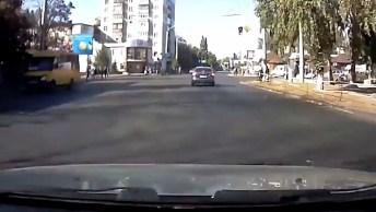 Batidas De Trânsitos Filmadas Com Câmera De Bordo, Confira!
