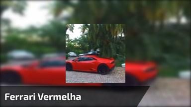 Ferrari Vermelha, Quem Não Queria Ter Um Desse Na Garagem?