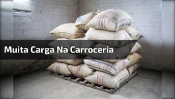 O Perigo De Não Colocar A Carga Certa Na Carroceria, Confira!