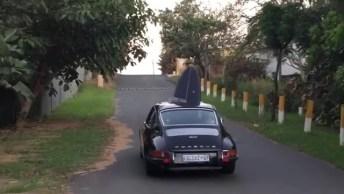 Porsche 911 Descendo A Sera Para Ir A Praia, Confira Como É Estiloso!