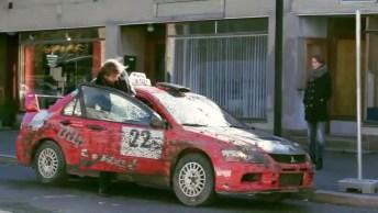 Vai Viajar Ou Fazer Rally? Teria Coragem De Entrar Neste Táxi?