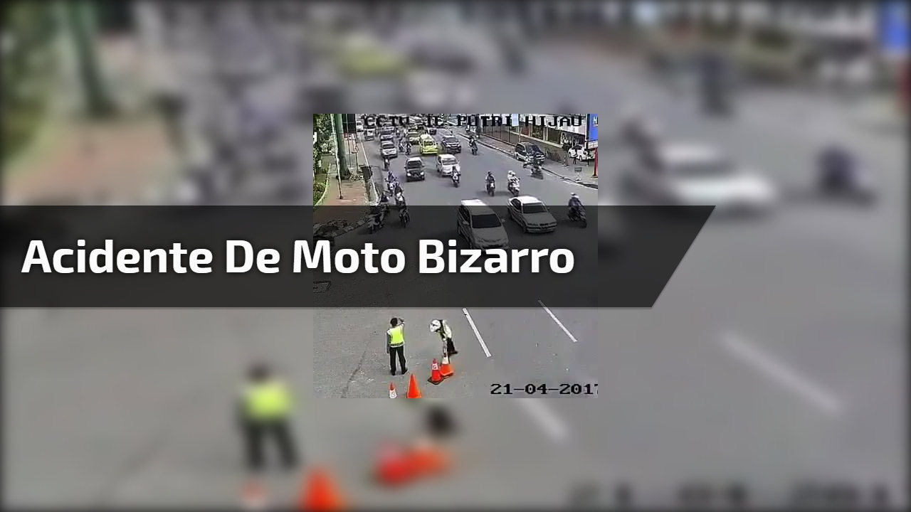 Acidente de moto bizarro