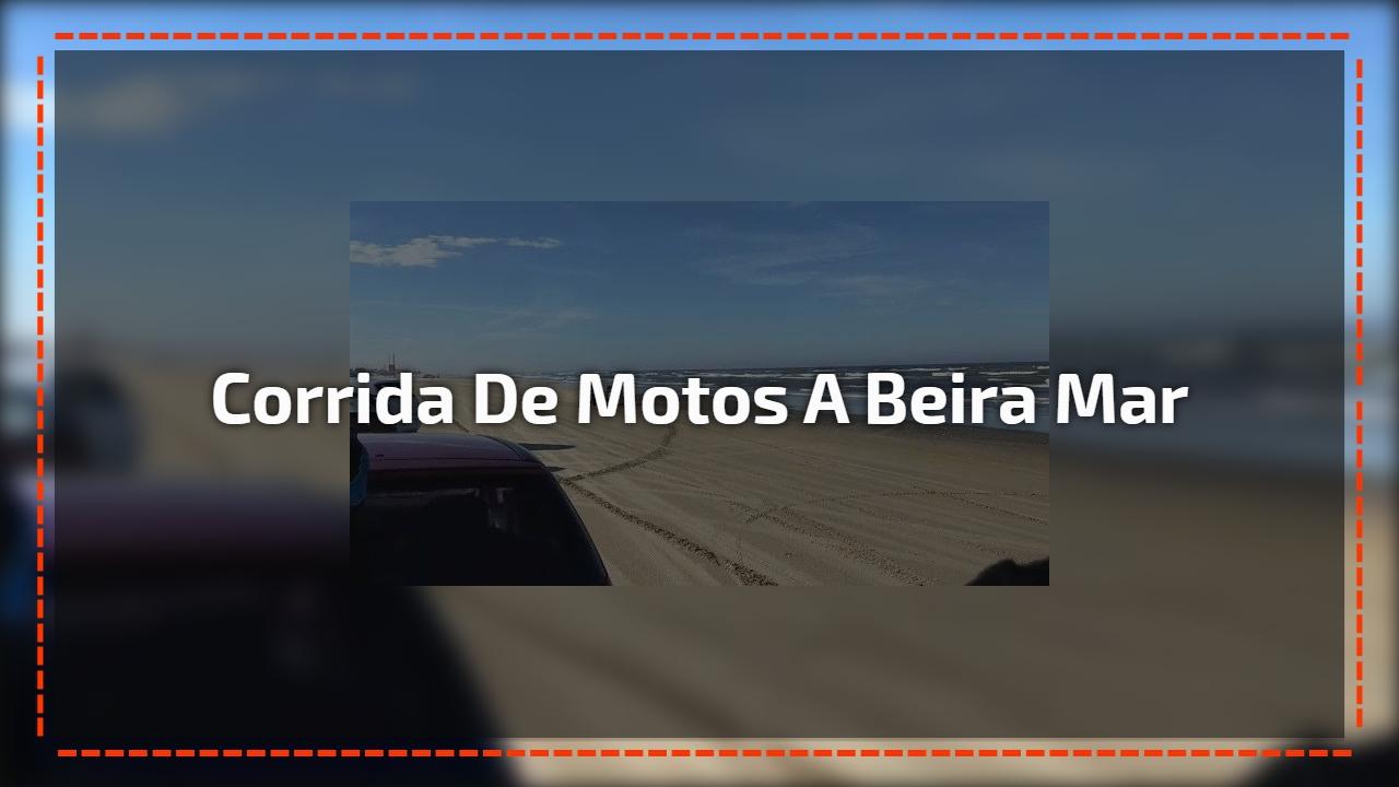 Corrida de motos a beira mar