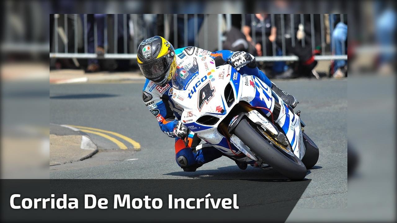 Corrida de moto incrível