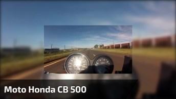 Moto Honda Cb 500 Em Alta Velocidade Na Estrada