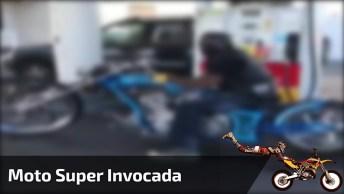 Moto Mais Invocada Que Você Verá Hoje, Que 'Diferentona' Hein!