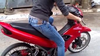 Mulher E Moto, Aprenda Como Pegar Trauma De Duas Rodas Kkk!