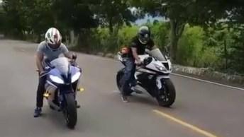 Testando A Velocidade Das Motos, Olha Só Este Som Do Motor!
