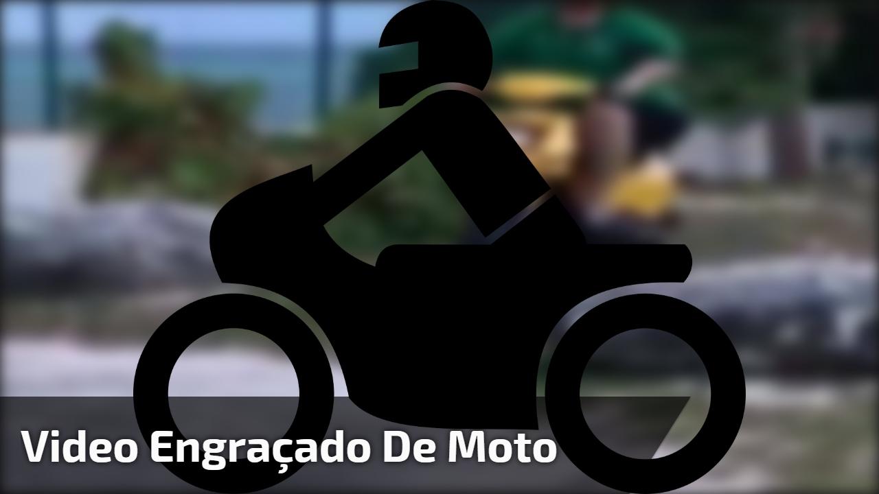 Video engraçado de moto