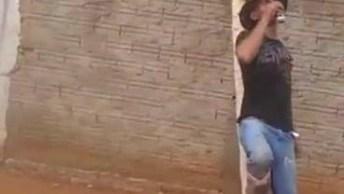 Vídeo De Bêbado É Sempre Muito Engraçado, Da Só Uma Olhada Neste!
